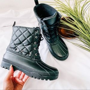 Sperry black quilted duck boots size 7